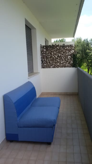 Terrazzo con divano