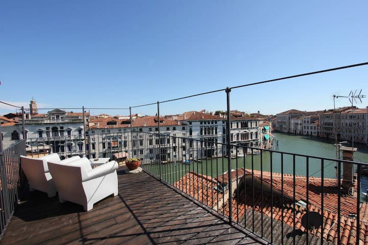 Grand Canal Loft - Venice 6 People - Venezia - Apartment