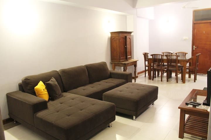 Holiday Home Kotte - Two bed room apartment
