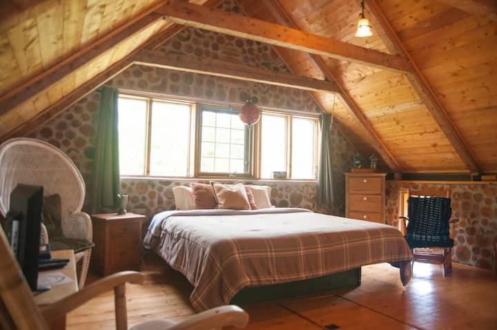 L'Étoile du matin, loft authentique en bois cordé