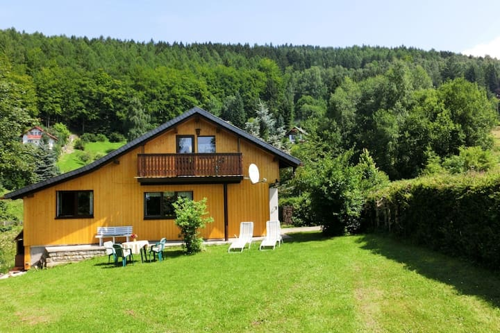 Mod Holiday Home in Kurort Steinbach-Hallenberg with Terrace