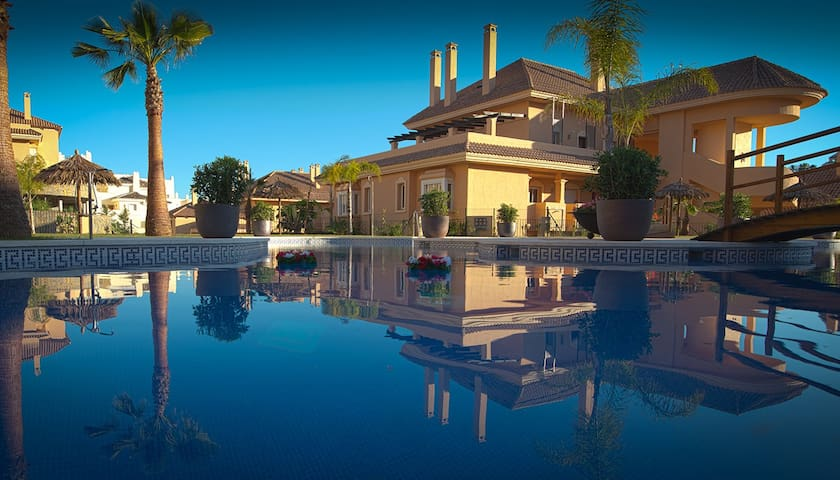New luxury apartment in Marbella - Marbella - Appartement