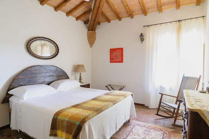 Tuscan  Super Charme for 6 - Montechiaro - House