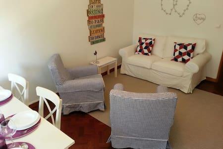 Estoril Sunny Apartment