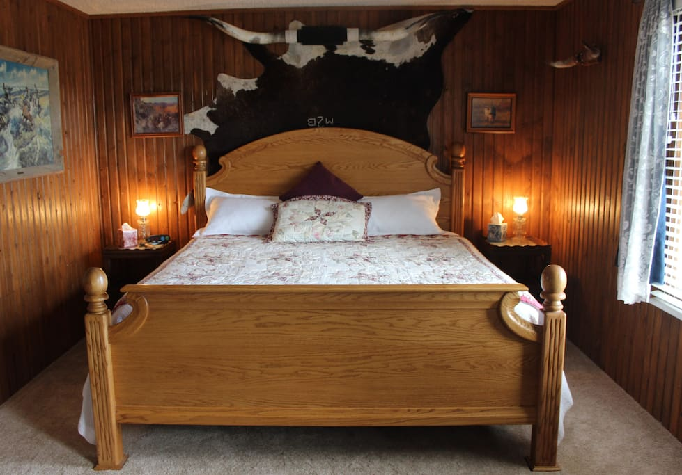 The Longhorn Room with King Bed.