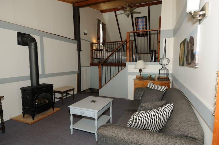 Cliffside Inn:  The Suite
