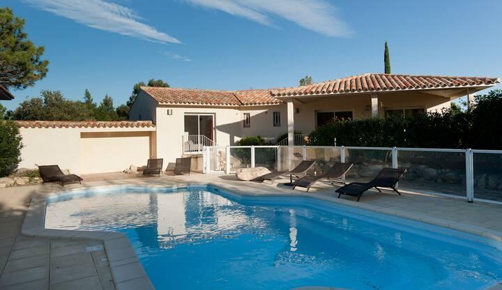 Villa 8 ch piscine à 300m de la plage Cala Rossa