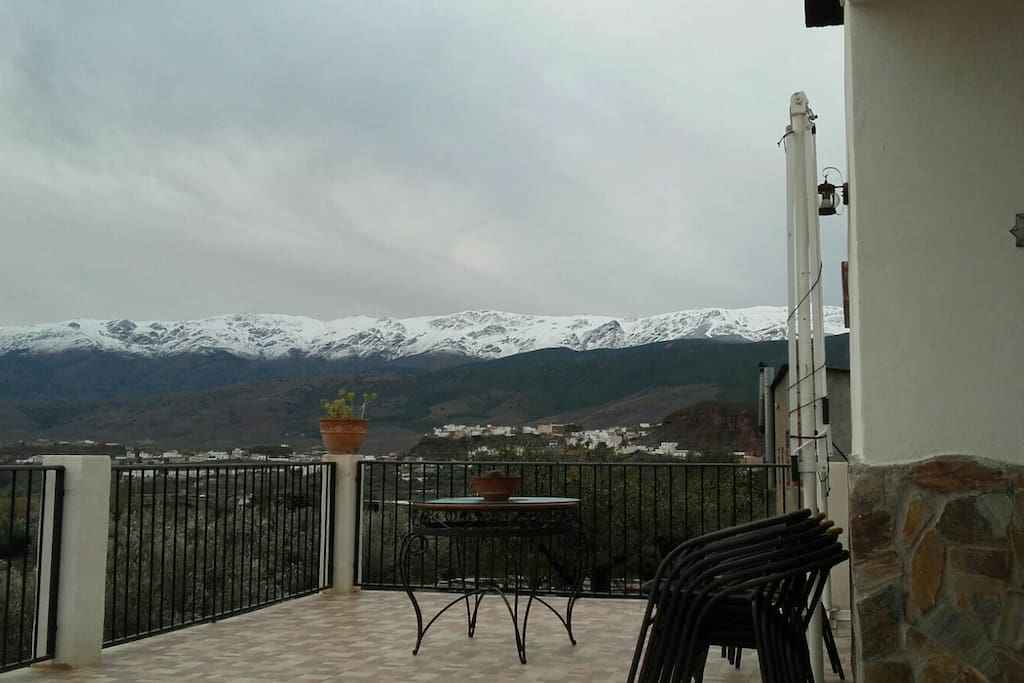 Vista Sierra Nevada desde la terraza