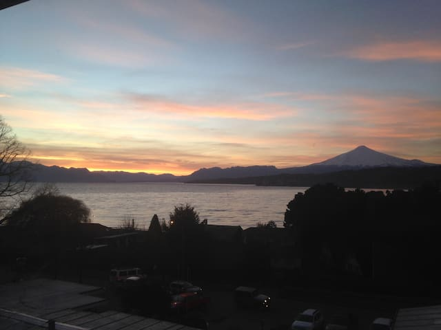 Private room with view to lake and volcano - Villarrica - Huoneisto