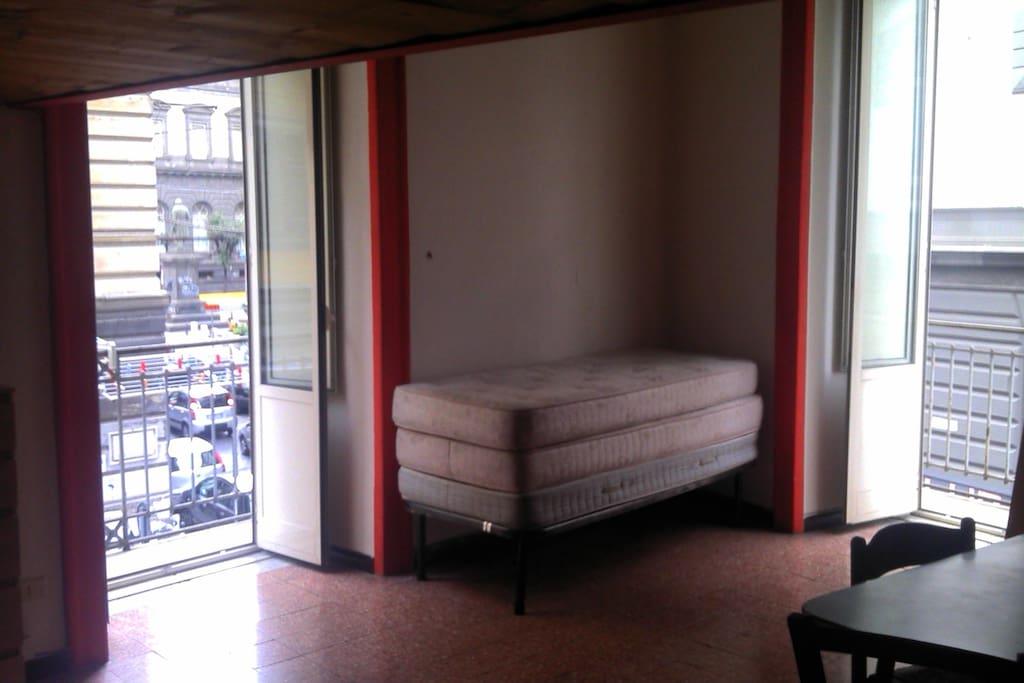 Di fronte federico ii case in affitto a napoli campania for Airbnb napoli