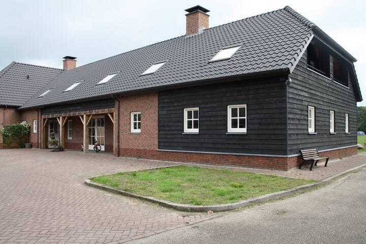B&B op Recreatiepark Slabroek - Uden