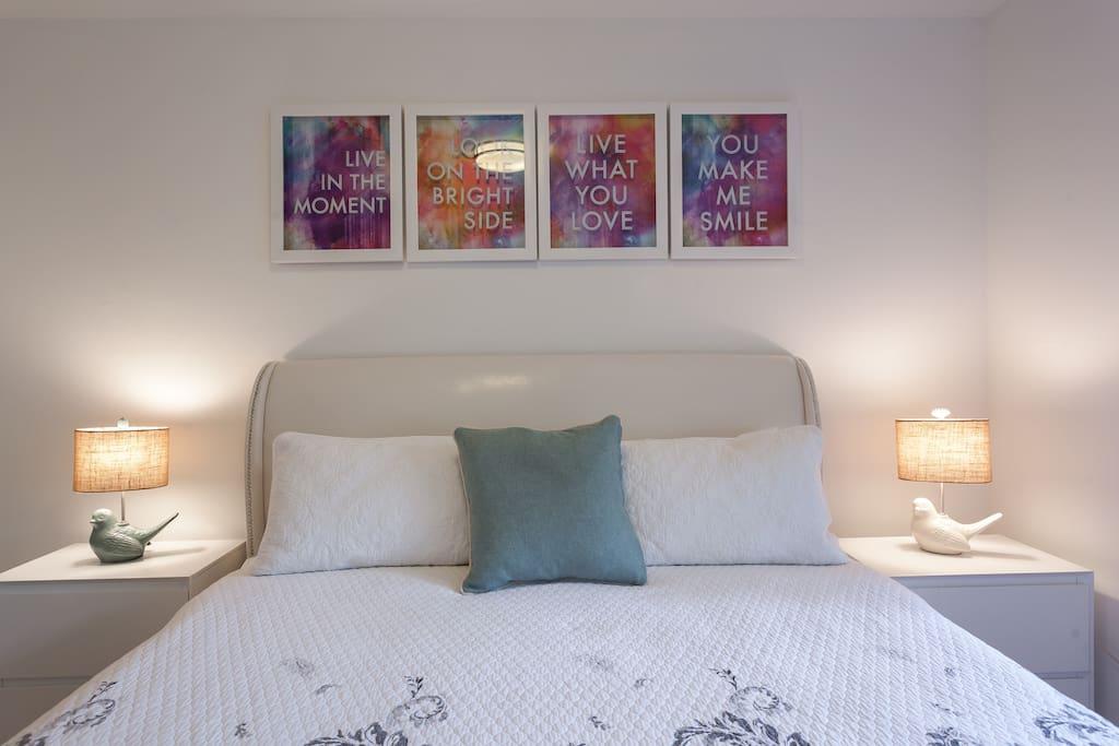 Beautiful bedroom with amazing lighting!