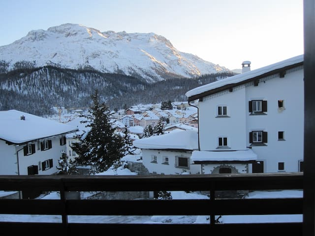 beautiful view, close to the slopes - Celerina/Schlarigna - Departamento