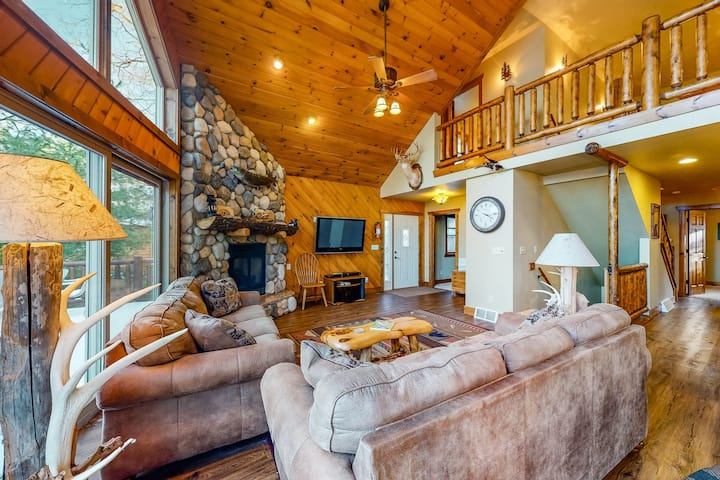Lakefront, secluded three-story home w/private dock, lake views, and central A/C