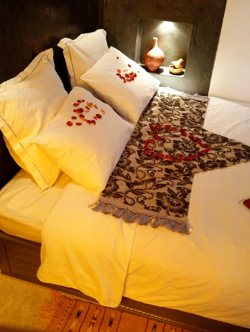 ALADIN bedroom is very romantic with special light and location in the riad