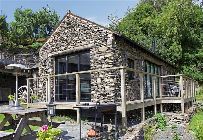 Cartmel Studio is the Idyllic apartment set in the heart of the English Lake District. - Windermere, Cumbria - Daire