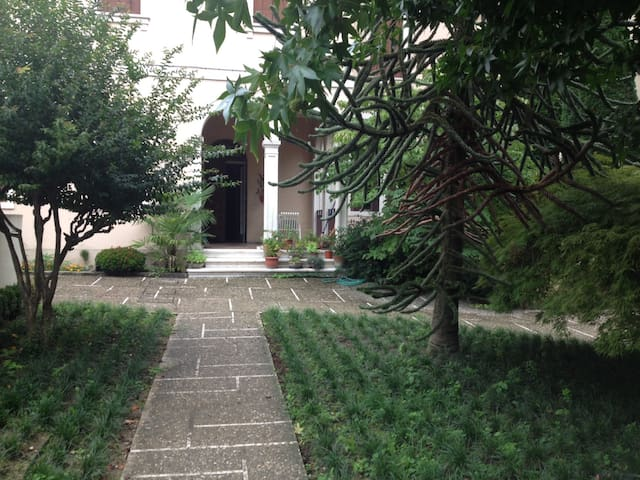 Airbnb Province Of Vicenza Vacation Rentals Places To