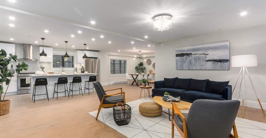 Newly renovated, family-friendly 3-bedroom