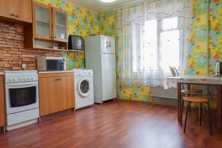 Уютная квартира с большой кухней