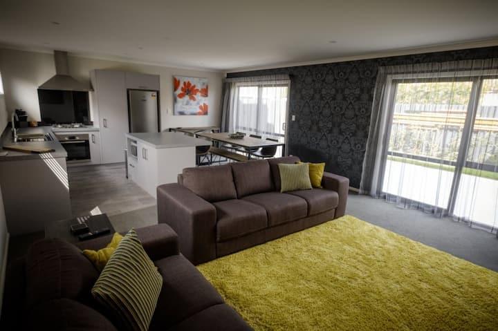 New 3 Bedroom Apartment in Hillcrest Hamilton