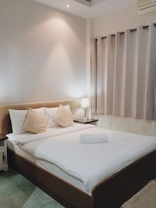 Cozy bedroom in town at Mueng Prachuabkhirikhan