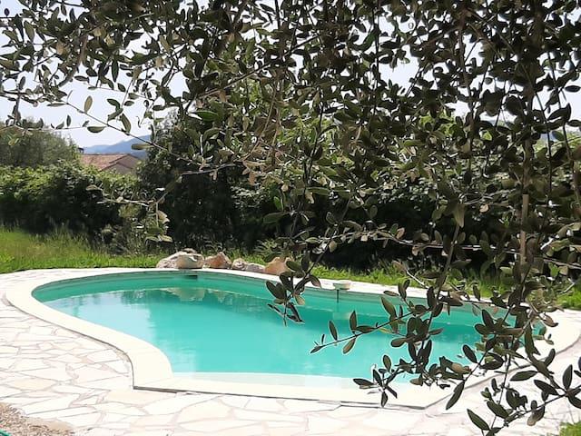 Mas avec piscine sur la Côte d'Azur