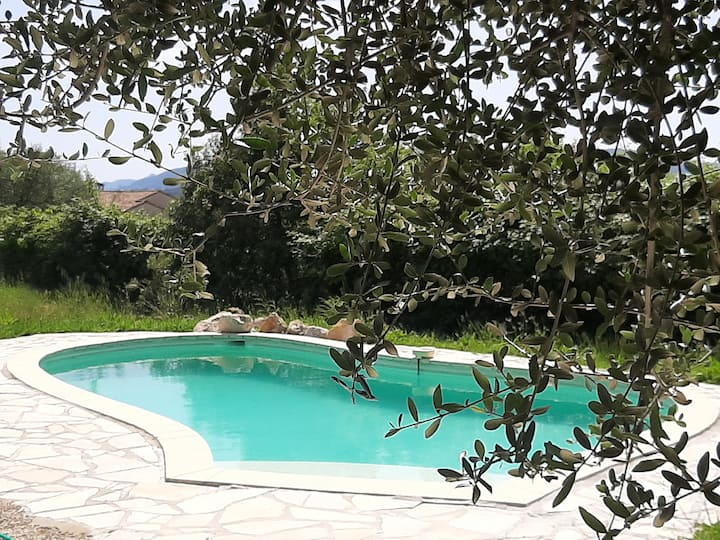 Provencal  farm house and Yoga with pool