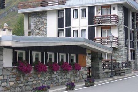 Appartamento in zona centro - Cervinia