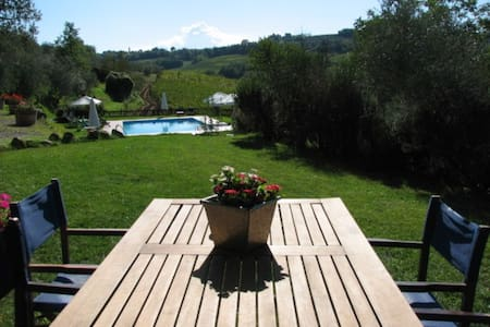 2BR Apt w/ Garden in Organic Chianti Farm w/ Pool - Tavarnelle Val di Pesa - Διαμέρισμα