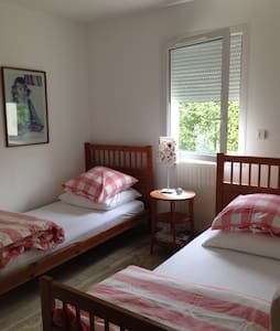 1,5 km from Bayeux, twin bed studio - Vaucelles - Haus