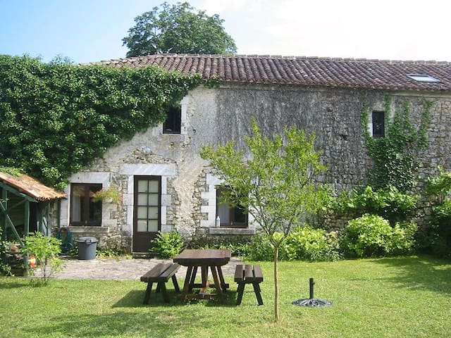 Holiday cottage in Dordogne - Mareuil - Ev