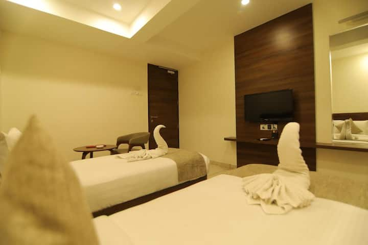Executive Rooms in Rajkot- Jayson Metoda