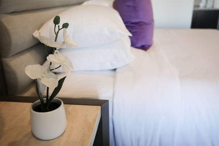 Comfy, plush, luxurious beds at boutique hotel in downtown Nashville at Studio 154 Luxury Hotel