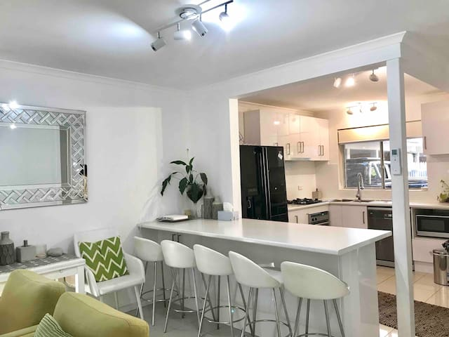 D101 Charming apartment in North Melbourne