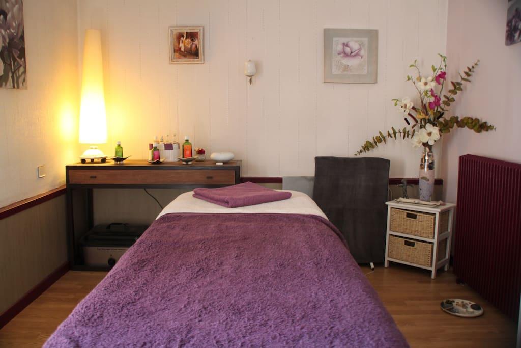 chambre d 39 h tes 8 km de bergerac chambres d 39 h tes louer prigonrieux nouvelle aquitaine. Black Bedroom Furniture Sets. Home Design Ideas
