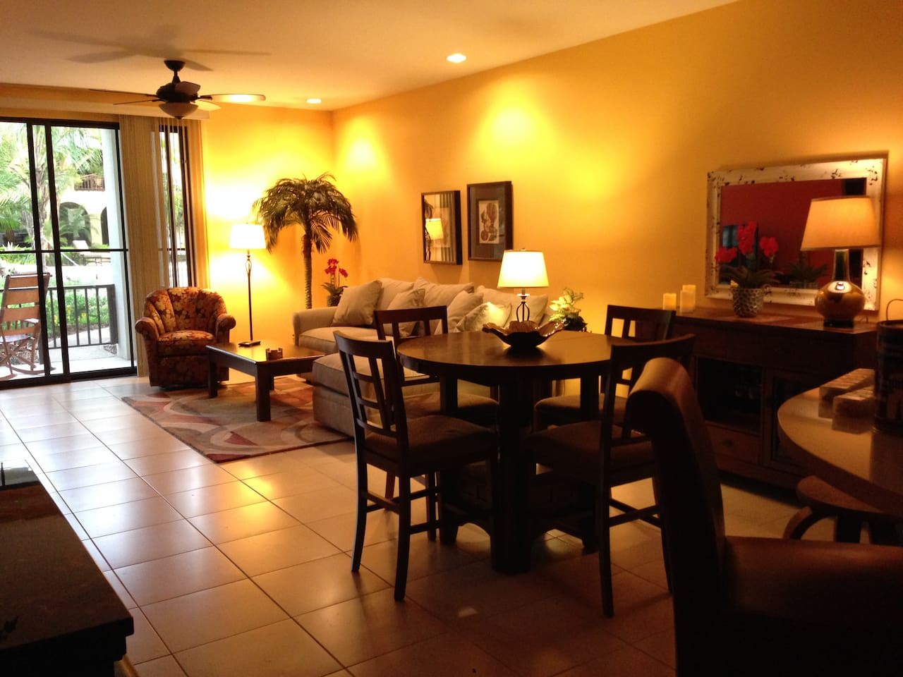 Beautiful, open living area with very comfortable furnishings.
