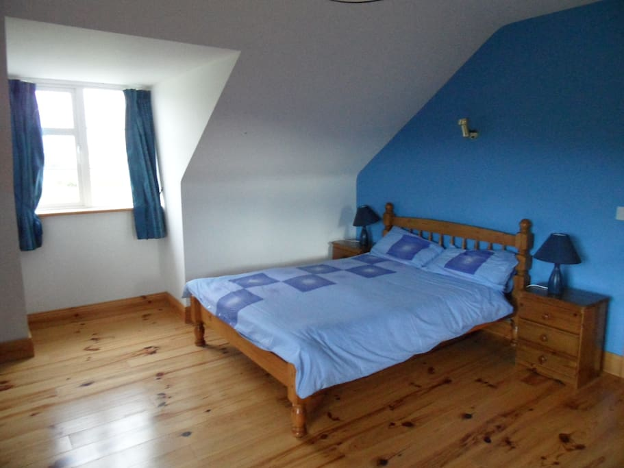 Upstairs en suite  double room.