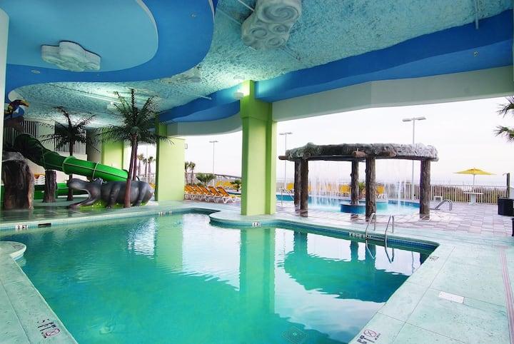 One Bedroom Luxury Ocean Front Condo, Myrtle Beach (A670)