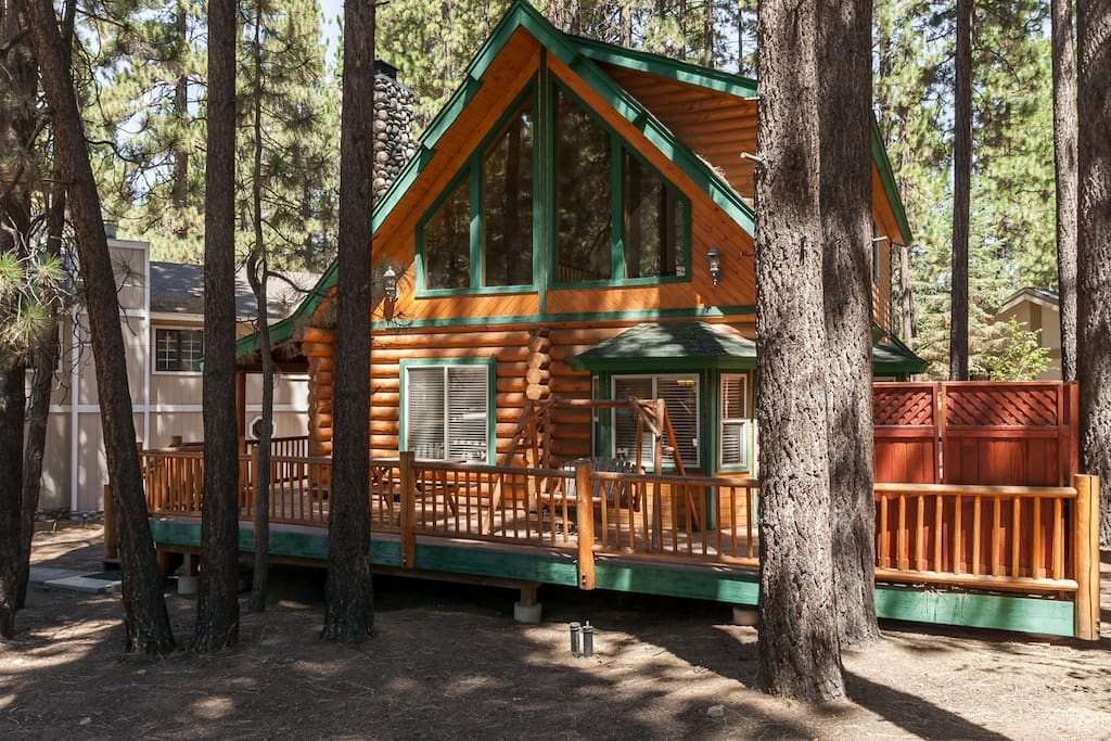 Steps To Summit Pool Table Hot Tub Beauty Cabins For Rent In Big Bear Lake California