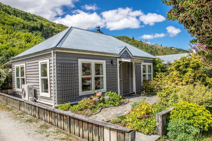 ★★★ Arrowtown  Charming Cottage ★★★