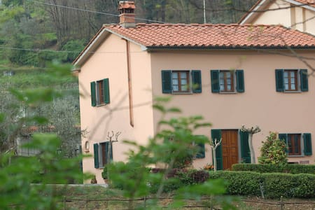 country house in Toscany - Pistoia - Bed & Breakfast