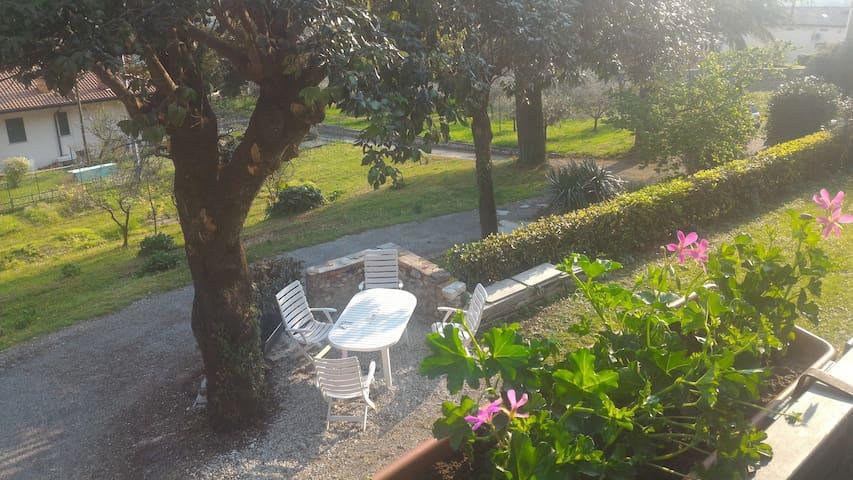 Casa indipendente a Valdobbiadene - Valdobbiadene - Apartamento