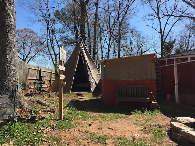 Tepee Two, with Heat and AC!