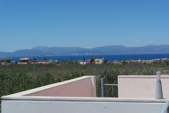 Sunshiny Day in Aigina