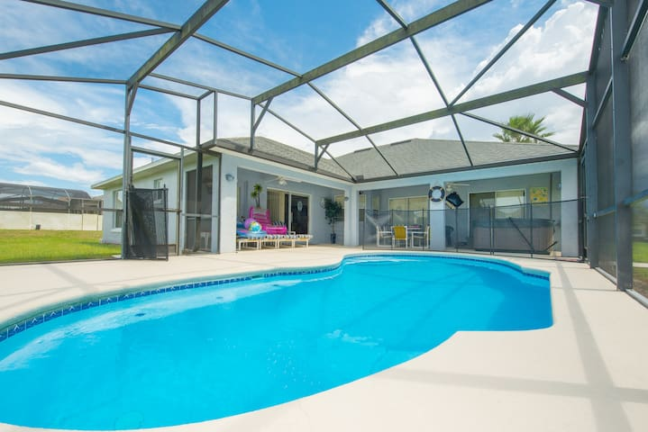 Disney Vacation Home with Hot Tub - Davenport - Talo