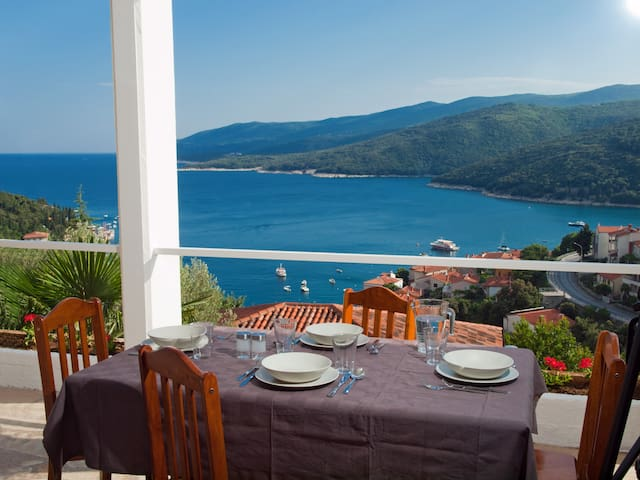 Apartment with beautiful Seaview  - Rabac - Leilighet