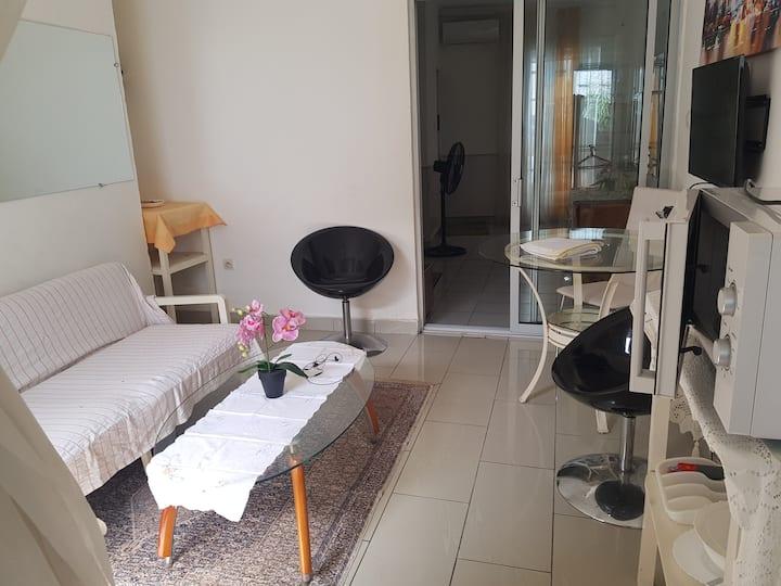 Appartement Lumineux, Nid Douillet à Bonapriso