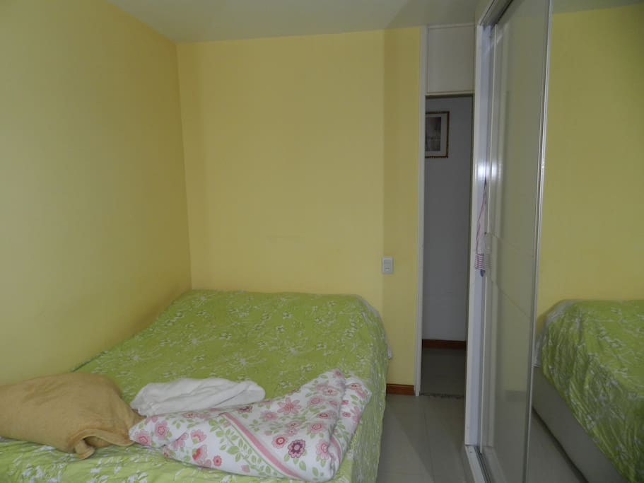 Quarto / Bedroom 1