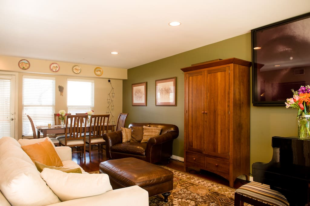 Dining room, Living Area, Flat screen TV in Armoire