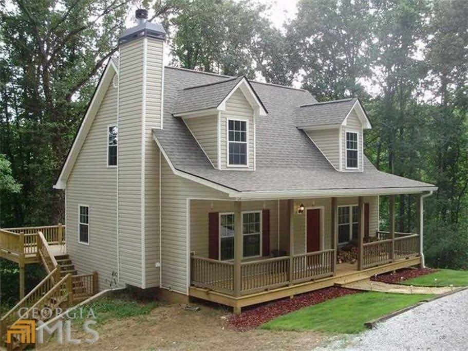 Brand new cottage on etowah river near wineries cabins for Dahlonega ga cabins for rent